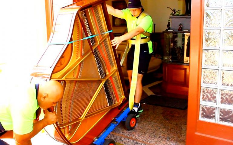 Serviço de Transporte de Pianos